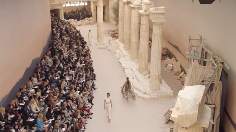 Круизная коллекция Chanel 2017/2018, видео