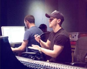 Ник Джонас фото 2017 в студии