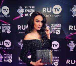 Алена Водонаева фото на премии RU TV 2017