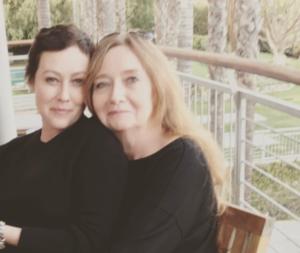 Актриса Шеннен Доэрти со своей мамой фото 2017 из Инстаграма