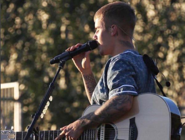 Justin-Bieber-2017-5