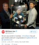 Сообщение в Твиттере о том, что песня Slow Hands Найла Хорана стала двойной платиновой в Австралии