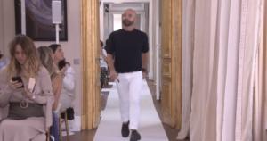 Бертран Гайон фото в конце показа Скиапарелли в Париже летом 2017