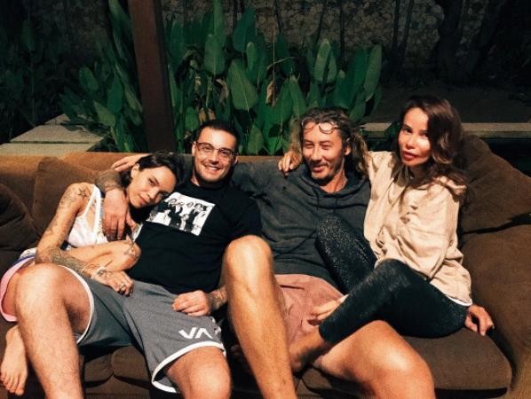Бывшие супруги Айза и Гуф вместе с новыми партнерами на Бали