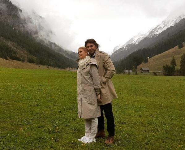 Андрей Малахов подтвердил беременность своей жены
