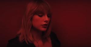 """Тейлор Свифт 2017: кадр из совместного клипа с Зейном Маликом """"На пятьдесят оттенков темнее"""""""
