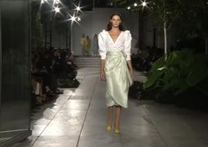 Фото показа коллекции Carolina Herrera на Неделе моды в Нью-Йорке в сентябре 2017