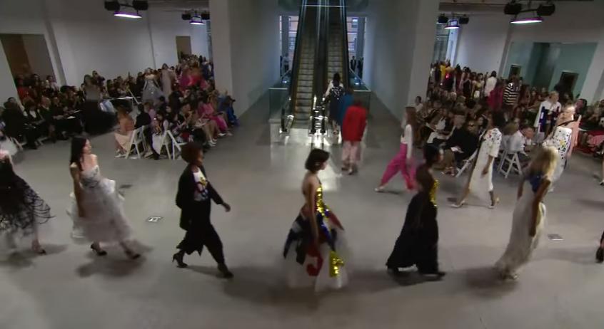 Неделя моды в Нью-Йорке: показ Oscar de la Renta, видео