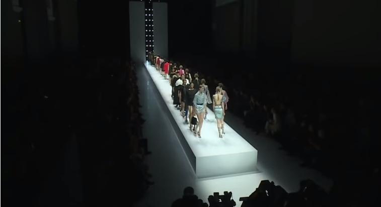 Парижская неделя моды: коллекция Lanvin, весна-лето 2018, видео