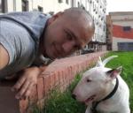 Фото Рустама Солнцева с собакой Вандой