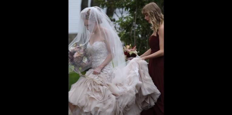 Тейлор Свифт столкнулась с негодованием фанатов после свадьбы подруги