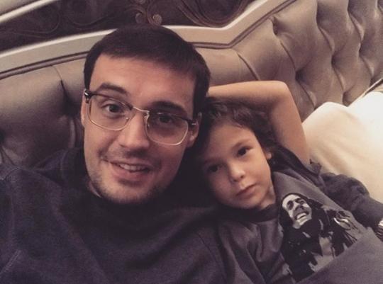 Рэпер Гуф (Алексей Долматов) воссоединился с сыном