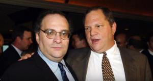 На фото Харви Вайнштейн (справа) и его брат Боб Вайнштейн