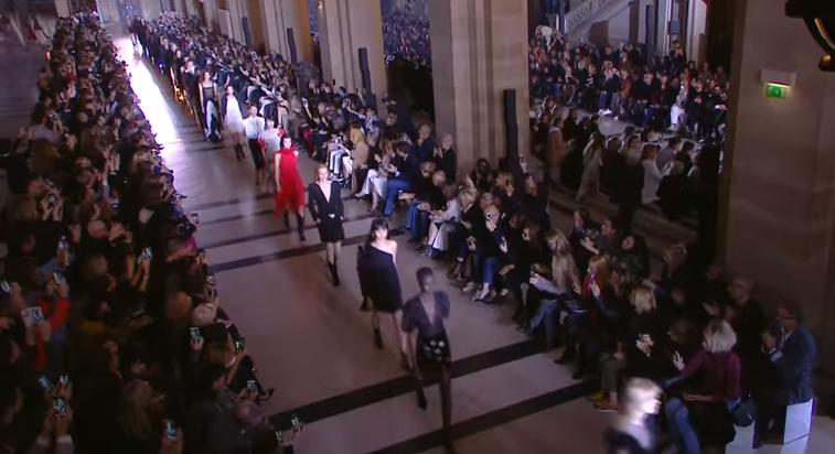 Коллекция Givenchy весна-лето 2018, видео показа в Париже