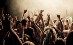 Ликер Апероль, эмоции: организация вечеринки у себя дома