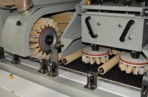 Рельефно-шлифовальные станки - особенности оборудования