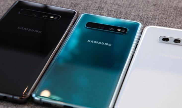 Galaxy S+ — юбилейный смартфон от Samsung