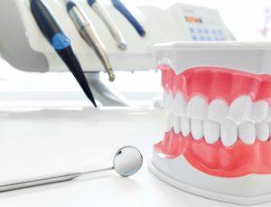 Врач стоматолог: основные требования к специальности
