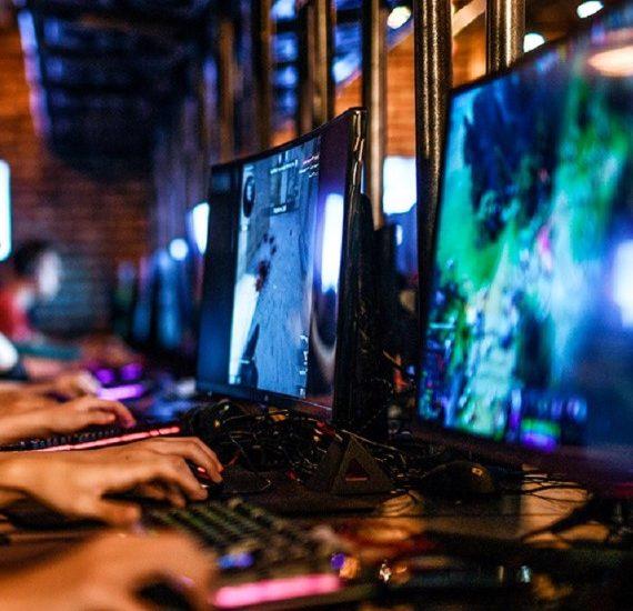 «Дота 2», CS:GO и другие виды киберспорт вместе с GGBet